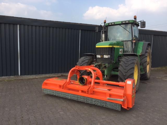 Nieuwe Agrimaster RV280 voor Loonbedrijf Derks Haps.
